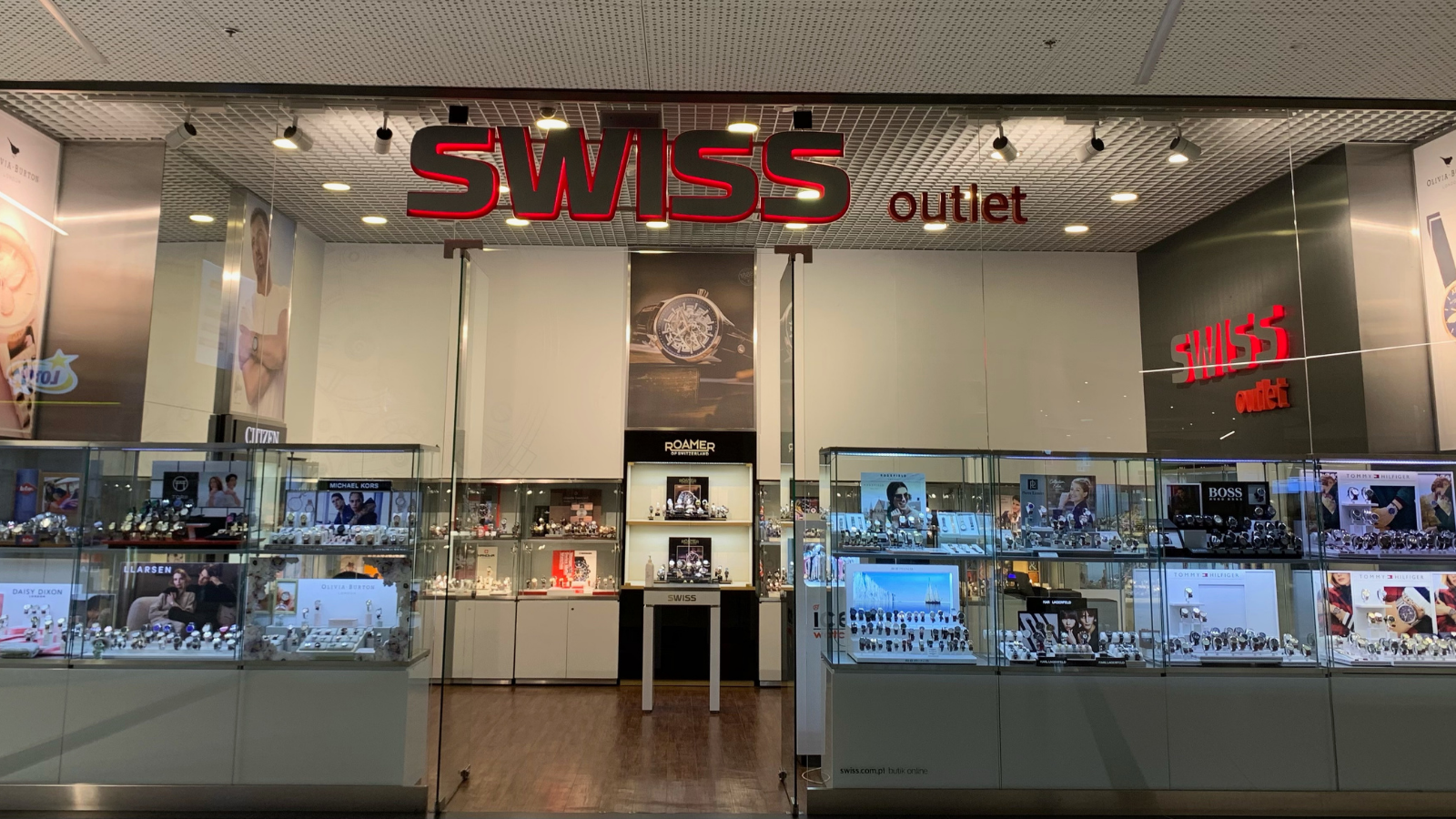 SWISS outlet